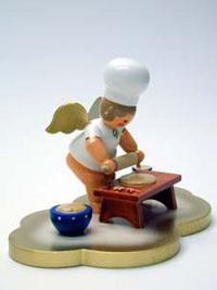 Miniaturfigur Bäckerengel auf Wolke